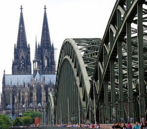 cologne-cathedral-1507854_960_720